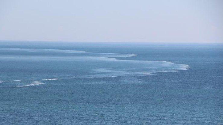 ВОдессе граждане наблюдали необычное природное явление вморе