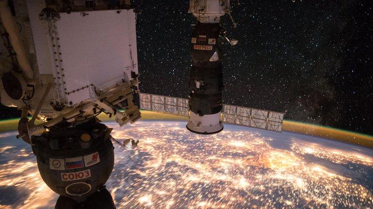 NASA опубликовало мультимедиа окосмосе водной библиотеке