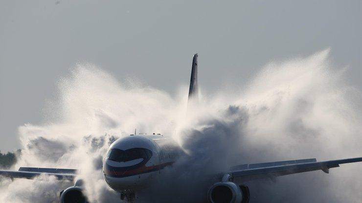 Пассажирский Boeing зажегся при посадке вПеру