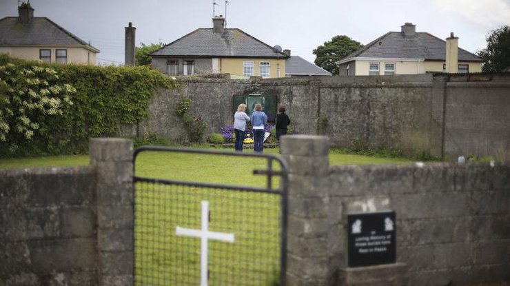 ВИрландии отыскали массовое захоронение детей