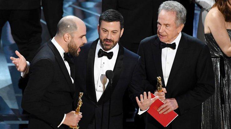 Киноакадемия продолжит сотрудничество скомпанией, перепутавшей конверты на«Оскаре»