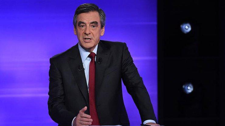 Кандидат напост президента Франции Фийон: меня неостановят
