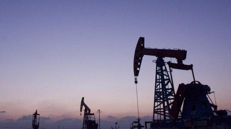 Нефть упала вцене  после данных обувеличении числа буровых установок вСША