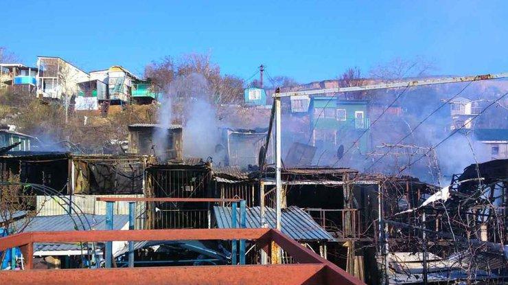 Масштабный пожар вОдессе уничтожил 15 домов, имеется пострадавший