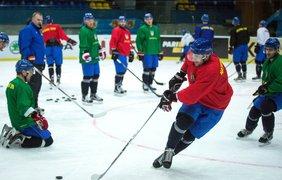 Сборная Украины по хоккею приступила к подготовке к чемпионату мира