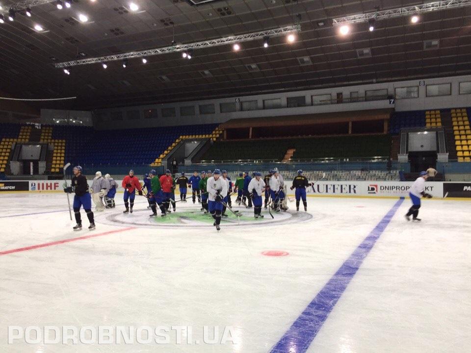 Два защитника Кременчуга покинули расположение сборной Украины передЧМ