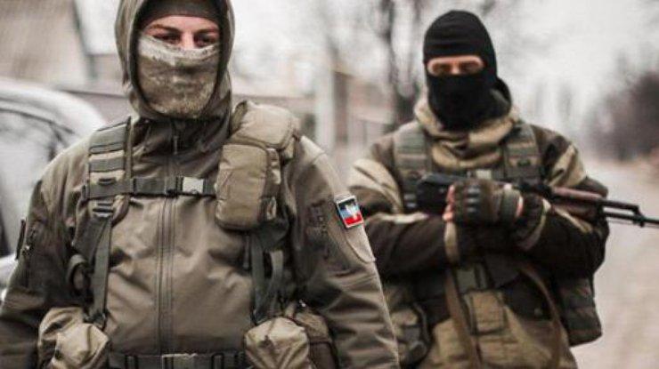 При подрыве автомобиля ОБСЕ умер житель америки - росСМИ