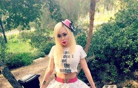 """Как кукла: американка превратила себя в живую """"Барби"""" (фото)"""