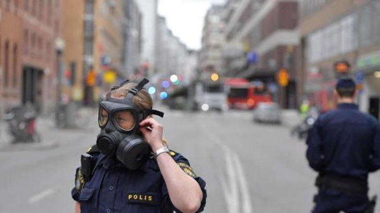 Полиция Стокгольма показала фото предполагаемого террориста, который нагрузовике въехал влюдей