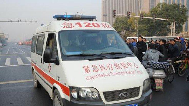 В КНР перевернулся туристический автобус, погибли три человека