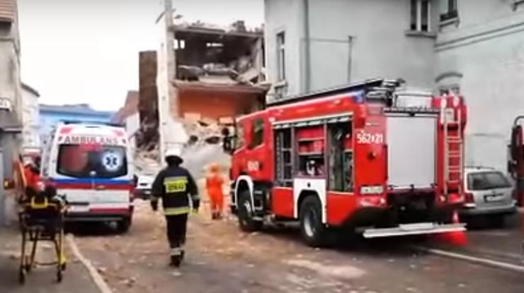 ВПольше в итоге взрыва газа обвалился дом, есть жертвы