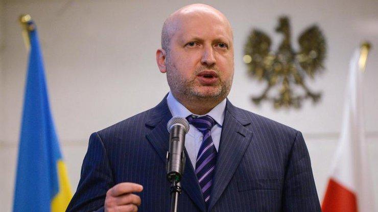 Турчинов: Турция готова инвестировать вукраинские оборонные учреждения