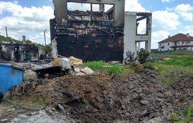 В Бердянском в результате обстрела разрушено три жилых дома. Фото: РУслан Смещук