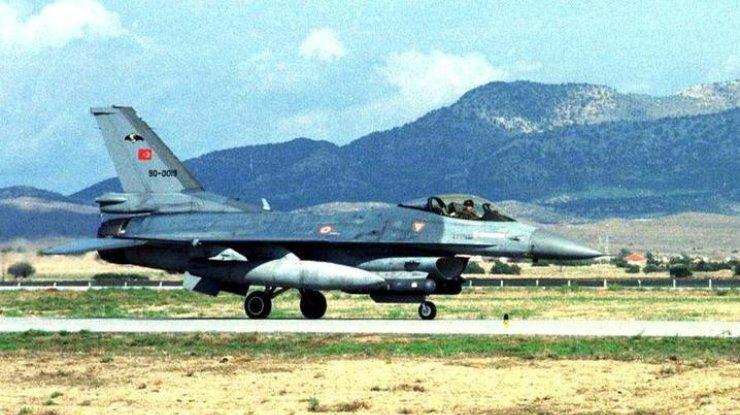 Встолкновениях навостоке Турции погибли 29 членов РПК