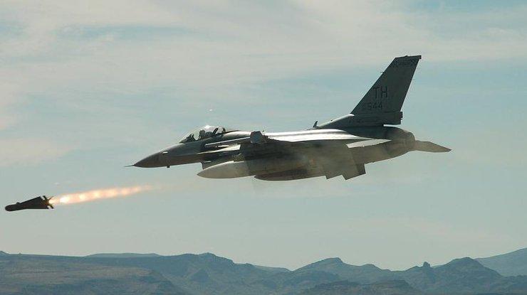 Работа авиации коалиции взонах деэскалации вСирии неосуществима— Лаврентьев