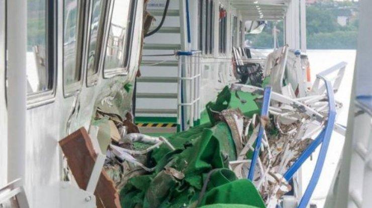 Два украинских судна столкнулись наДунае
