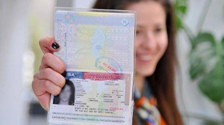 ВСША введут углубленные проверки заявок навъездную визу