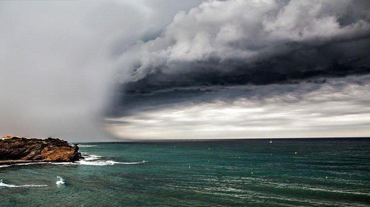 фото заря на море