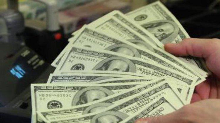 Кабмин прогнозирует ослабление национальной валюты до31 грн/$