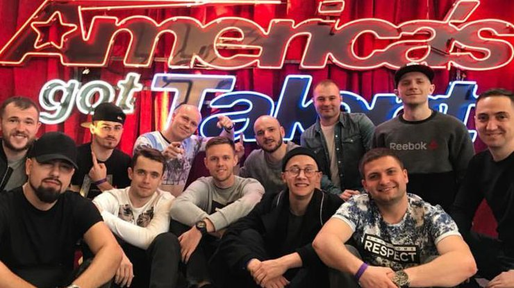 Украинский коллектив сразил публику нашоу «Америка имеет талант»— Неоновое сумасшествие