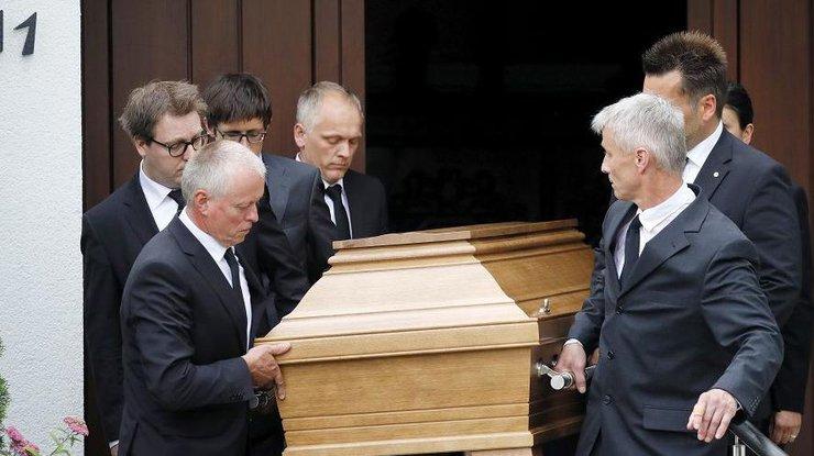 В Берлине простились с экс-канцлером Германии