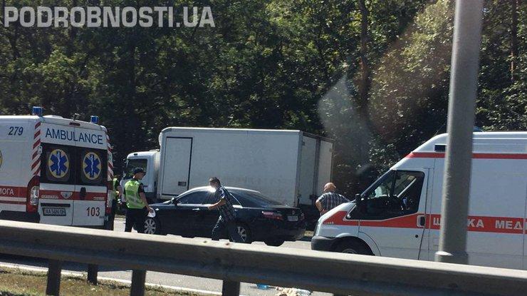 НаБориспольской трассе случилось огненное ДТП, есть пострадавшие