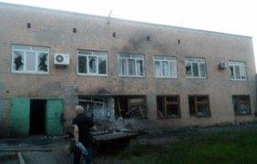 """Война на Донбассе: боевики полчаса """"палили"""" по Сартане (фото)"""