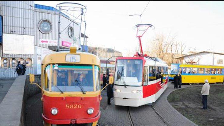 Наполтора месяца закрывают маршрут трамваев №14 и15