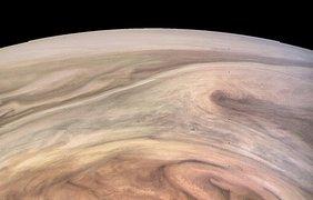 Межпланетный зонд заснял главную достопримечательность Юпитера (фото)