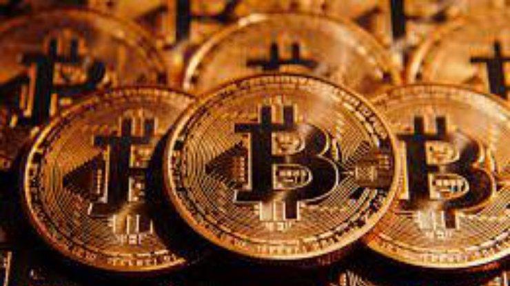Наторгах рухнули курсы ведущих криптовалют мира