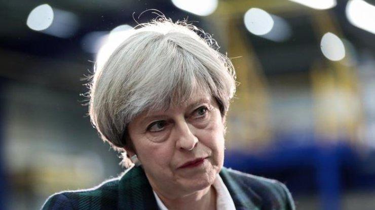 Встолице Англии митингующие горожане хотят, чтобы премьер Тереза Мэй ушла вотставку