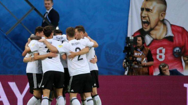 Санчес, Видаль, Дракслер иВернер начнут финал Кубка конфедераций спервых минут