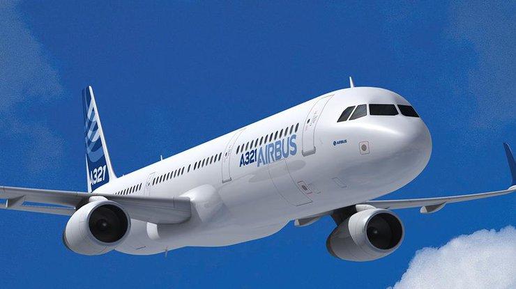Около двухсот украинских туристов застряли вГреции из-за поломки самолета