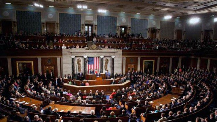 Власти США ввели санкции против 13 чиновников Венесуэлы
