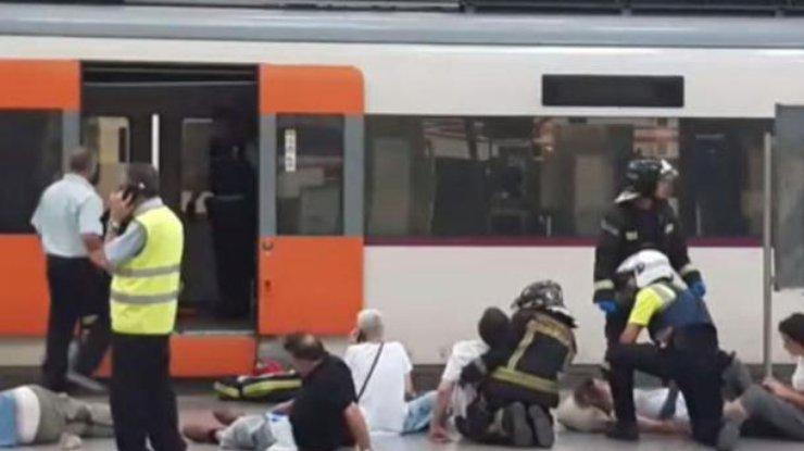 Cреди раненых в трагедии поезда вБарселоне граждан России нет— Генконсульство