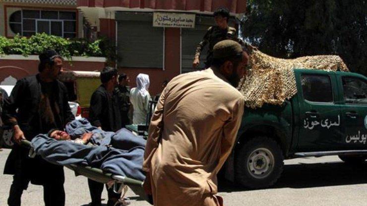 ВАфганистане из-за минометного обстрела погибли 13 человек