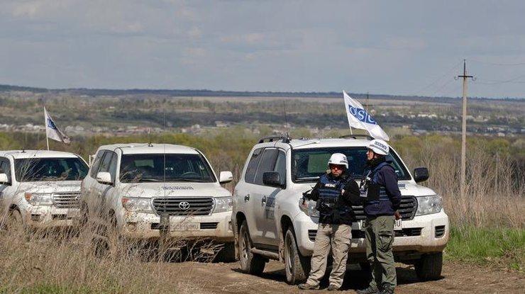 На Донбассе боевики угрожали патрулю ОБСЕ расстрелом