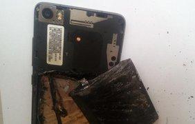 В Индии у мужской элемент на кармане взорвался смартфон