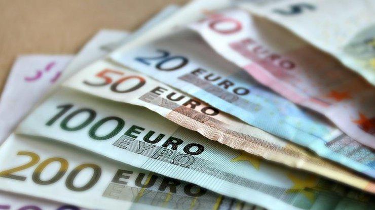 ВоЛьвове обокрали еврочиновницу— изеерюкзака вытащили 320евро