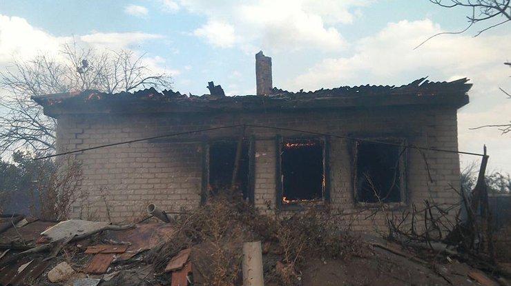 Боевики обстреляли жилые дома вДонецкой области