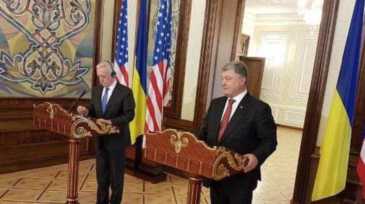 Парад коДню независимости Украины: ПоКрещатику промаршировали бойцы НАТО