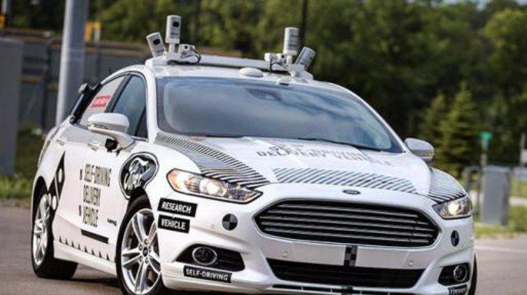 Форд организует доставку пиццы набеспилотниках