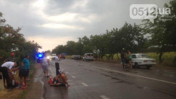 Под Николаевом натрассе произошла стрельба, два раненых