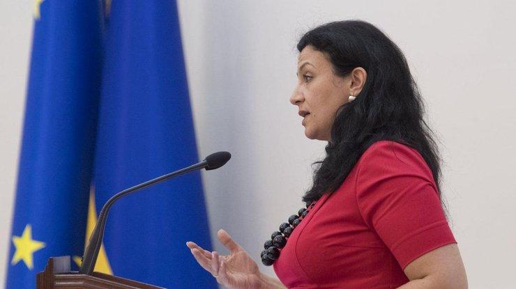 Украине необходимо смертельное вооурежение,— Климпуш-Цинцадзе