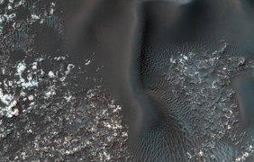 NASA снова удивило фотографиями с Марса