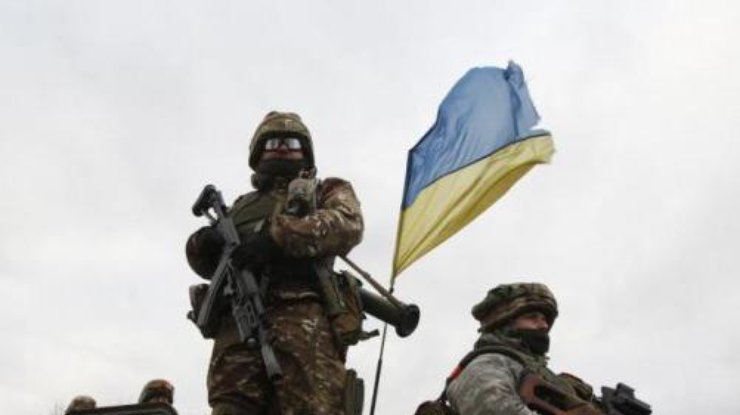 Боевики всамом начале суток 10 обстреляли позиции сил АТО— штаб