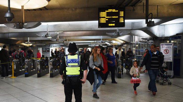 Видео сместа взрыва ввагоне метро Лондона появилось вweb-сети интернет