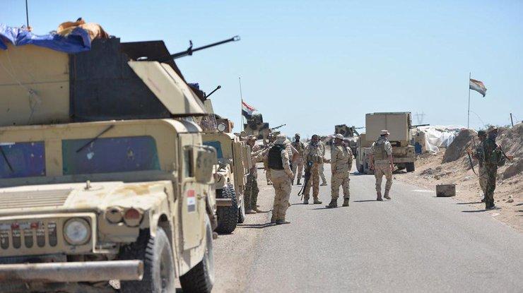 Военную базу США вИраке атаковали смертники ИГИЛ