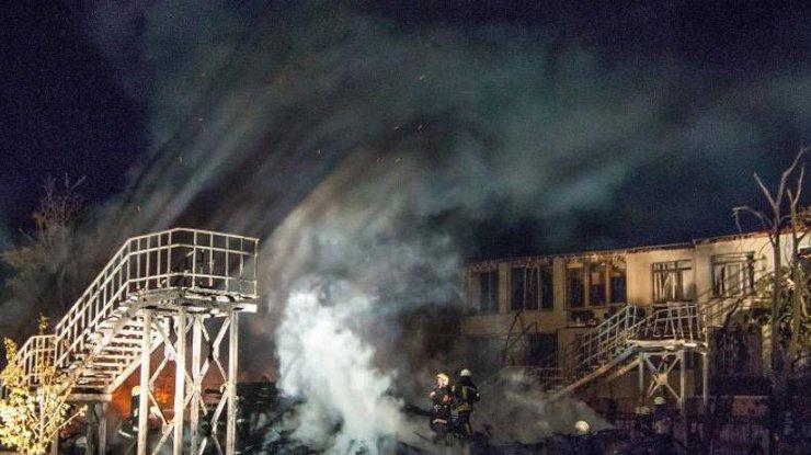 Количество жертв пожара в детском лагере в Одессе увеличилось до трех