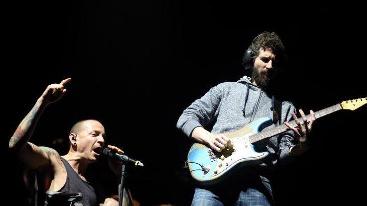 Linkin Park устроит прощальный концерт впамять опогибшем солисте Беннингтоне
